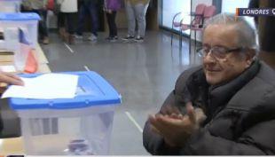 [VIDEO] Segunda vuelta: Así votaron los chilenos en el extranjero