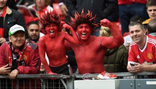 [VIDEO] Hinchas de Manchester United esperan a Alexis con los brazos abiertos
