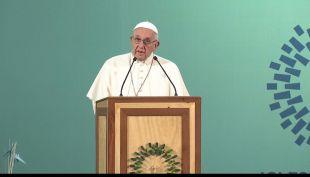 [VIDEO] Papa Francisco a reclusas: La sociedad tiene la obligación de reinsertarlas a todas