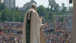 Unos 400 feligreses asistieron a la misa
