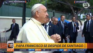 [VIDEO] Papa Francisco a la prensa: Les quiero agradecer el servicio que ustedes han prestado