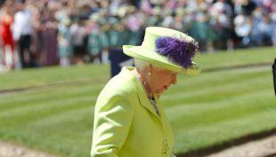 [VIDEO] Boda Real: el momento en que la Reina Isabel llega a la capilla Saint George