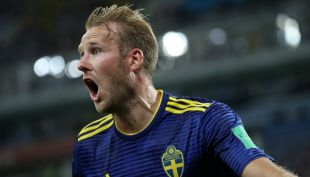 [VIDEO] El gol de Ola Toivonen que abre la cuenta para Suecia sobre Alemania