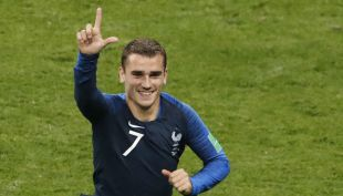[VIDEO] El penal de Griezmann que desniveló el marcador para Francia en la final