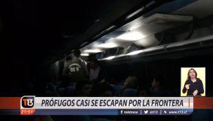 [VIDEO] Prófugos casi se escapan por la frontera