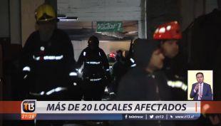 [VIDEO] Incendio en Persa Biobío: más de 20 locales afectados