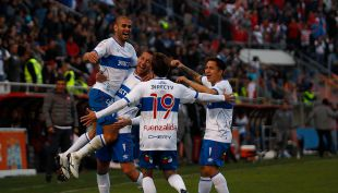 [VIDEO] Goles fecha 20: Universidad Católica derrota a Curicó Unido y sigue como líder exclusivo