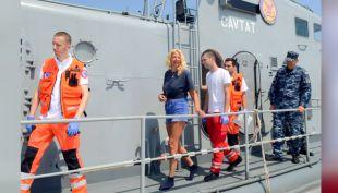 [VIDEO] Mujer sobrevivió 10 horas en medio del mar