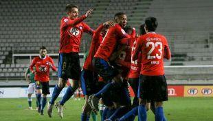 [VIDEO] Goles Fecha 23: Huachipato aplasta a C.D Temuco en su visita al Estadio Germán Becker