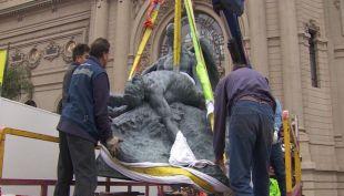 [VIDEO] Escultura dañada de Rebeca Matte vuelve al parque