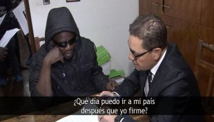 [VIDEO] Haitianos se inscriben para irse de Chile