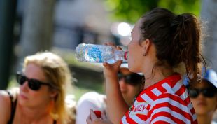 [VIDEO] Ola de calor se extenderá hasta el miércoles
