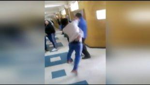 [VIDEO] Expulsan a alumno que dio puñetazo a profesor