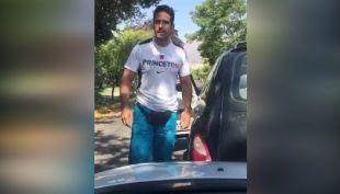 [VIDEO] Bailarín argentino fue detenido tras violenta reacción contra conductora