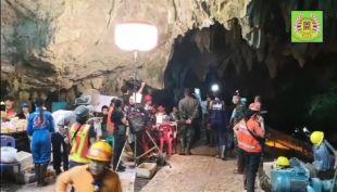 [VIDEO] El engaño tras rescate de los niños atrapados en una cueva en Tailandia