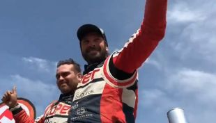 "[VIDEO] ""Chaleco"" campeón del Rally Dakar"