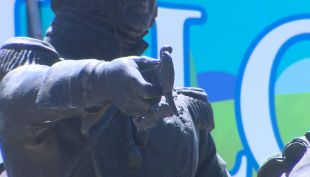 [VIDEO] Roban espada en monumento a O'Higgins