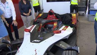[VIDEO] Fórmula E: Se arman los autos en el Parque O'Higgins