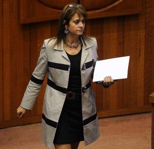 Van Rysselberghe acusa trato desigual por desafuero de Moreira
