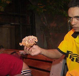 [VIDEO] Los chilenos que comen de la basura y las iniciativas para combatirlo