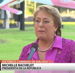 """[T13] Presidenta Bachelet destaca acercamiento Cuba-EE.UU.: """"Toda América está orgullosa"""""""