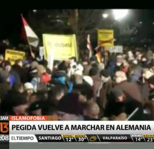 [T13 AM] Bloque internacional: Pegida vuelve a marchar en Alemania y otras noticias