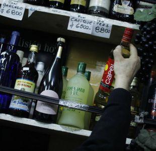 OMS: Chile es el país más bebedor de alcohol en América y uno de los más fumadores en el mundo