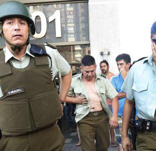 Carabineros son heridos con extintores tras riña en Independencia