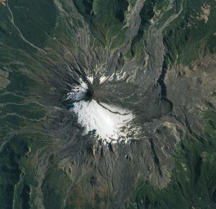Onemi mantiene Alerta Amarilla por Volcán Villarica