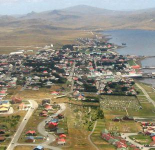 Argentina y Reino Unido buscan apoyo en Chile para fijar un nuevo vuelo a las Malvinas