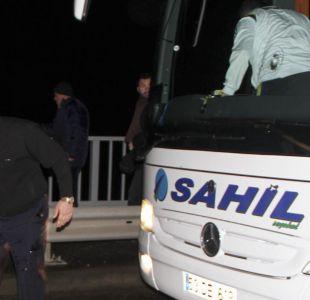 Suspenden liga turca de fútbol tras tiroteo contra bus del club Fenerbahce