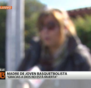 """Madre de basquetbolista que acusa violación: """"Gracias a Dios no está muerta"""""""