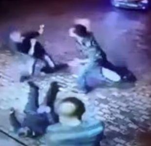 Dos asaltantes atacan a un anciano que resulta ser un ex boxeador ruso
