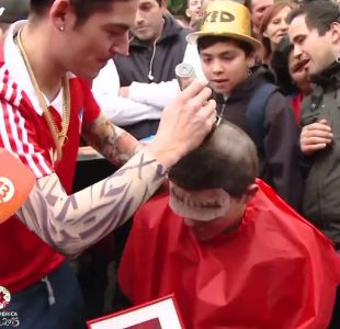 [VIDEO] Rapado al cero y sin cejas: Hincha lo da todo por una entrada a la Copa América