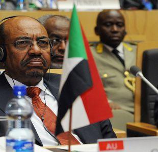 Corte Penal Internacional pide a Sudáfrica que arreste al presidente de Sudán