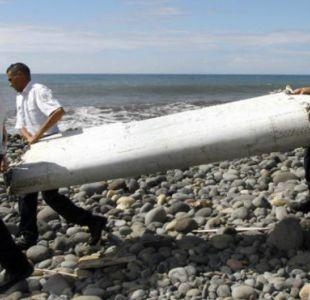 Encuentran otro posible resto del vuelo MH370 en isla Reunión