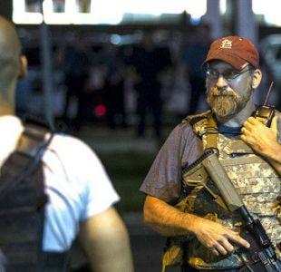 """Los """"Guardianes del Juramento"""" fueron vistos en Ferguson durante los disturbios. El grupo promete """"defender la Constitución de todos los enemigos""""."""
