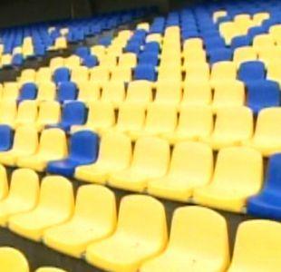 Polémica por butacas de estadio regional Ester Roa en Concepción