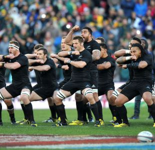 [VIDEO] El intimidante Haka de los All Blacks en la semifinal del mundial de rugby