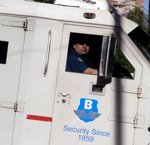 La historia de dos jóvenes que devolvieron más de $80 millones perdidos por camión Brinks