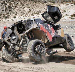 [FOTOS] Así quedó el auto de Sebastien Loeb tras sufrir accidente en el Rally Dakar