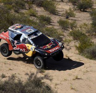 Sainz se impone en novena etapa en autos del Dakar y se toma el liderato