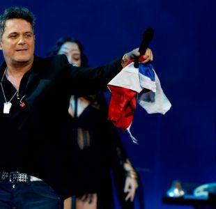 Alejandro Sanz en pleno show en Viña 2016