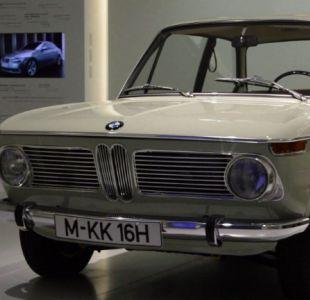 Icónica marca de vehículos BMW cumple 100 años