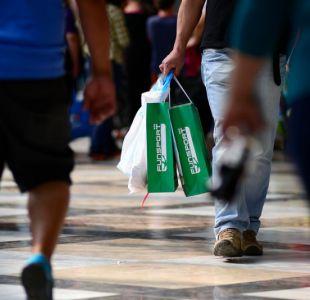 Confianza de los consumidores en el Gran Santiago anota leve caída en el tercer trimestre