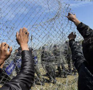 Cerca de 260 migrantes heridos al intentar cruzar a Macedonia
