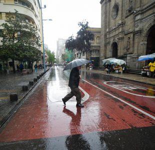 Sistema frontal con lluvias y viento se presentaría a partir del jueves en la zona central