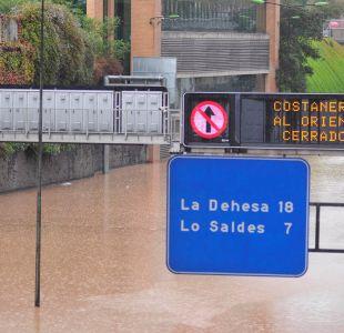 La Costanera Norte inundada a la altura de Vivaceta