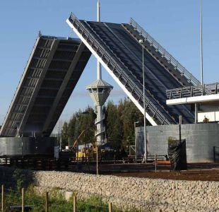 Gobierno confirma que brazos del puente Cau Cau serán desarmados