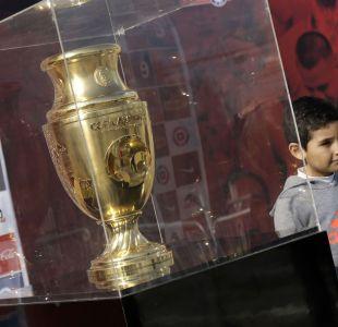 [FOTOS] La exhibición del trofeo de la Copa América Centenario en el Estadio Nacional